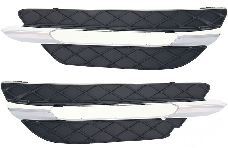 Решетка в бампер Mercedes W204 2011-2014 C-CLASS